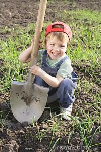 rp_little-boy-big-shovel-14278622-200x300.jpg